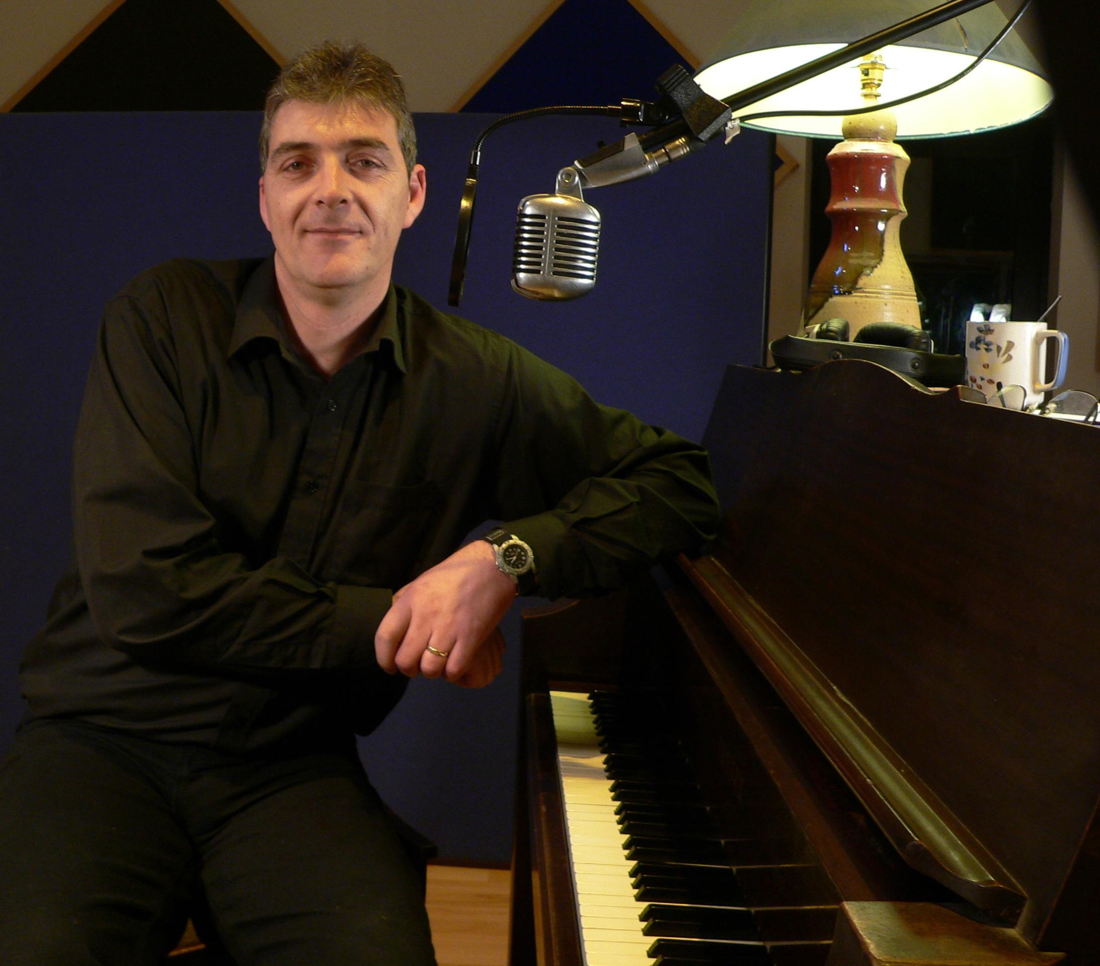 Mick Flavin records Lifetime Guarantee